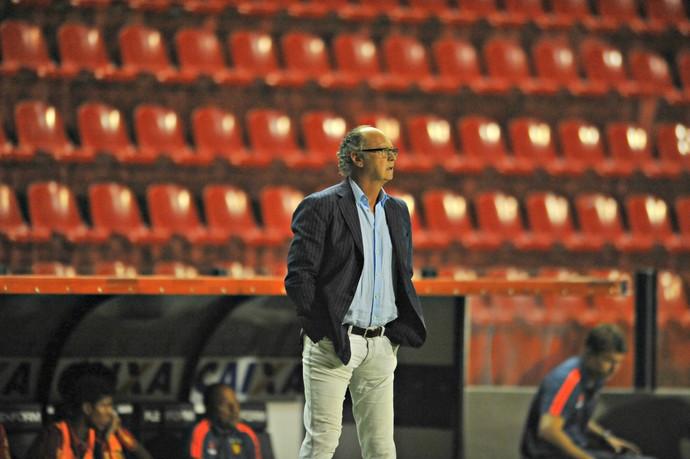 Falcão Sport x Atlético-PR (Foto: Aldo Carneiro / Pernambuco Press)