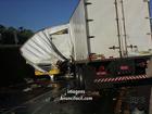 Motorista morre em acidente entre três caminhões na BR-369