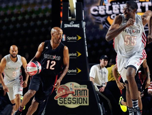 Common, Bruce Bowen e Dikembe Mutombo no All Star Games (Foto: AP)