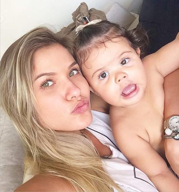 Andressa Suita sem maquiagem (Foto: Reprodução)