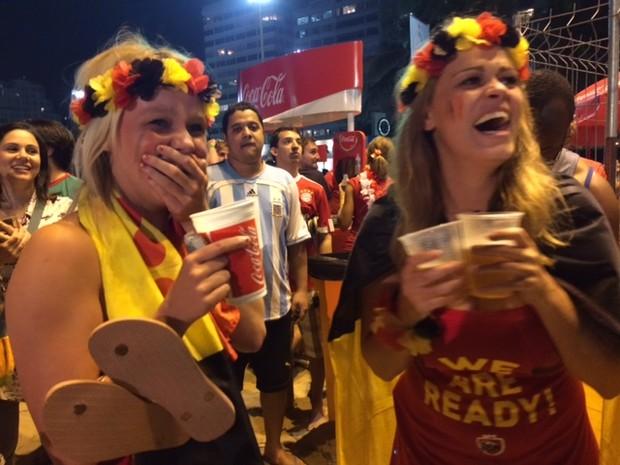 Belgas comemoram classificação no Fifa Fan Fest, em Copacabana (Foto: Isabela Marinho/G1)