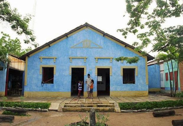 Sede da Fundação Casa Grande, ONG que realiza projetos de educação, arte e turismo em Nova Olinda (CE) e faz parte do mapeamento do projeto Caindo no Brasil (Foto: Arquivo pessoal/Caio Dib)
