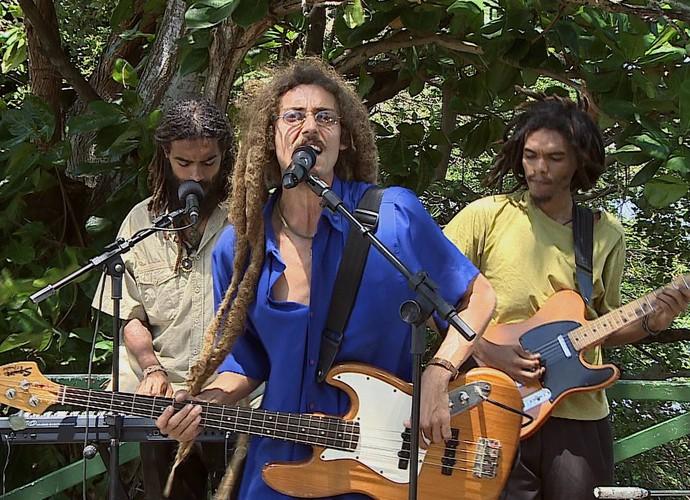 Banda Ato Libertário no 'Combinado' (Foto: Reprodução/TV Sergipe)
