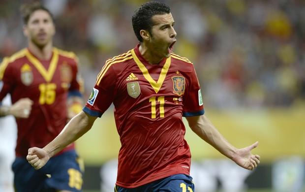 Pedro comemora, Espanha x Uruguai (Foto: AFP)