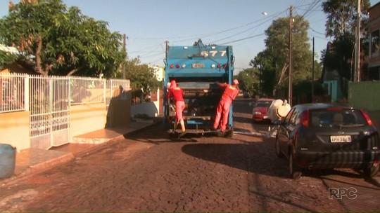 Funcionários da coleta de lixo voltam a trabalhar em Foz do Iguaçu, no PR
