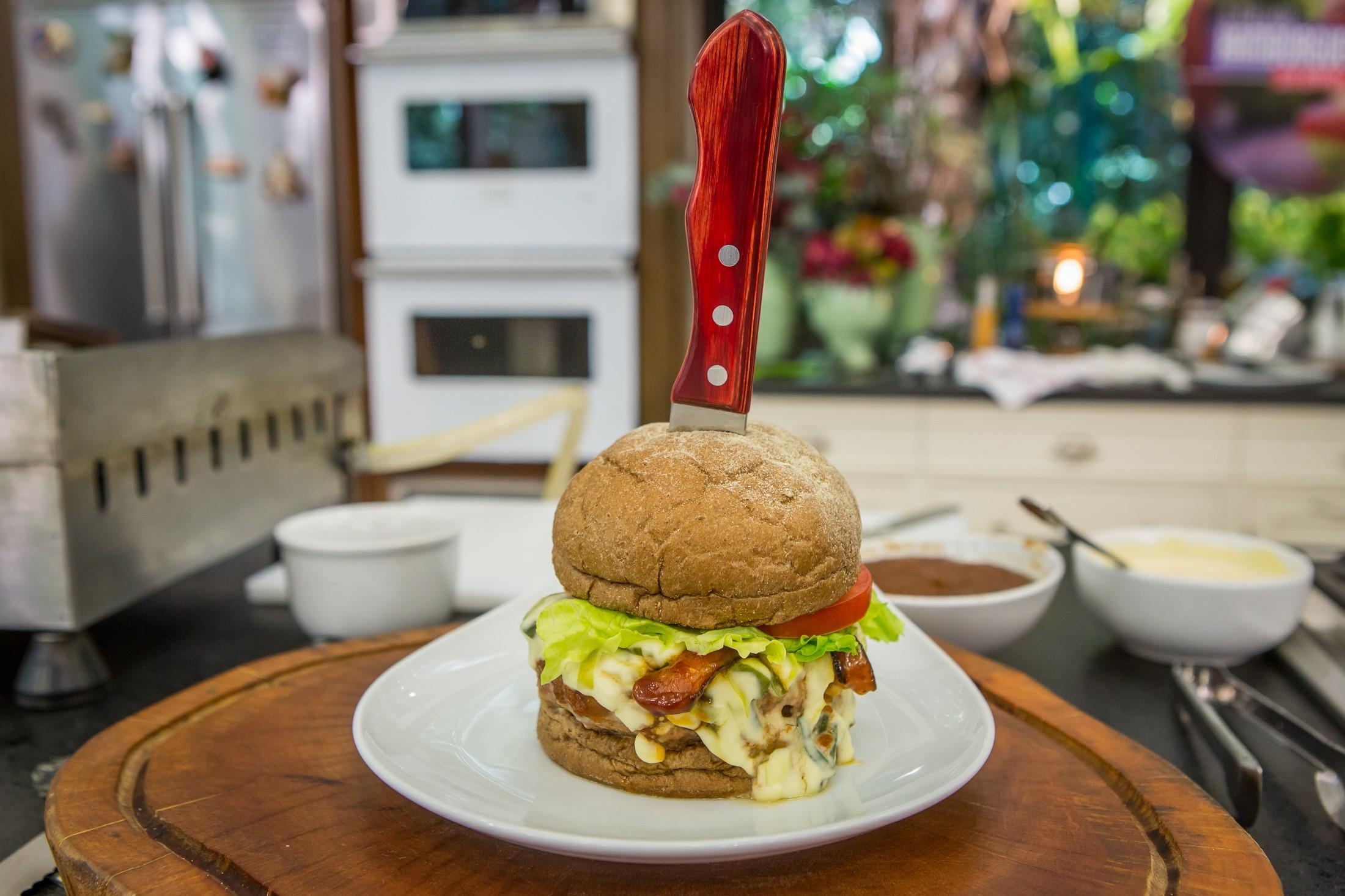 Receita faz parte do concurso 'O Melhor Hambúrguer do Brasil'