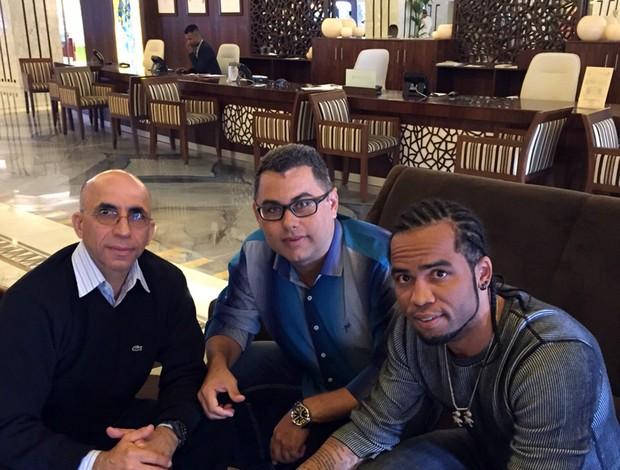 BLOG: Carlos Alberto assina contrato de um ano com o Al Dhafra, dos Emirados Árabes