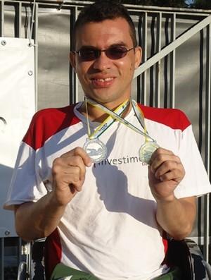 Edivaldo é um dos pioneiros da natação paralímpica no Ceará (Foto: Arquivo Pessoal/Edivaldo Prado)