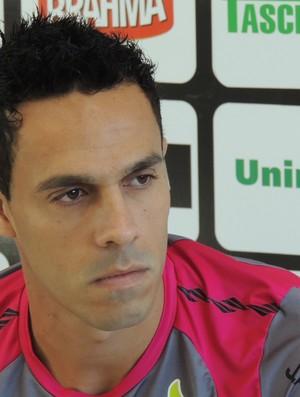 André Rocha lateral-direito Figueirense (Foto: Marcelo Silva)