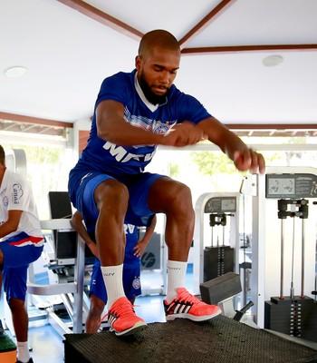 Luiz Antônio volante do Bahia em treino físico (Foto: Felipe Oliveira/Divulgação/EC Bahia)