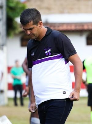 Soriano, técnico do Campos (Foto: Carlos Grevi)