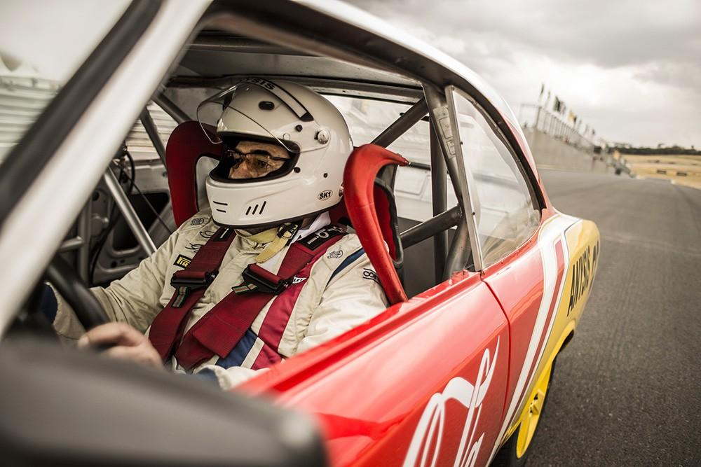 Se preparando para acelerar na pista o Opalão #22! (Foto: Bruno Terena/RF1)