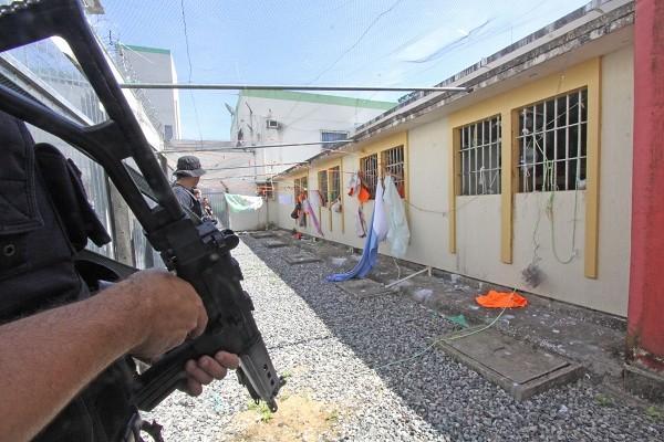 Operação percorreu 49 unidades prisionais em SC (Foto: James Tavares / SECOM)