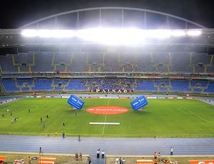 torcida do Flamengo no Engenhão para o jogo contra o Emelec (Foto: Richard Souza / GLOBOESPORTE.COM)