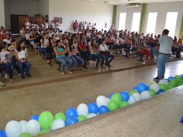 Escola Evandro Luz foi escolhida para realizar essa abertura oficial (Foto: Magda Oliveira/G1)