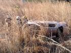Carro tomba após perder um dos pneus, próximo a Babaçulândia