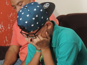 Filho se emocionou ao lembrar da ação em família (Foto: Carlos Dias/G1)