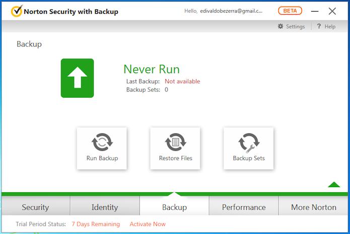Backup reúne as opções relacionadas a cópias de segurança (Foto: Reprodução/Edivaldo Brito)