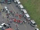 Trabalhadores da Petrobras fazem protesto após prisão de sindicalistas