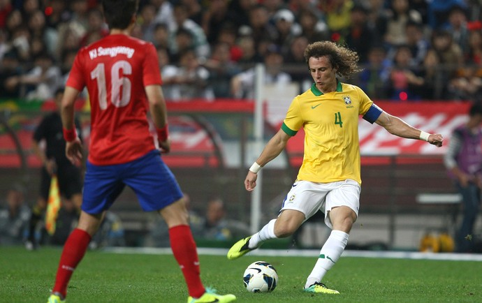 David Luiz Brasil x Coreia (Foto: Mowa Press)