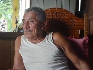 Paulo Serra, filho do mestre Ireneu, lembra de cada detalhe da vida do pai (Foto: Aline Nascimento/G1)