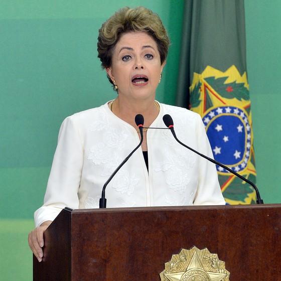 Dilma Rousseff durante pronunciamento sobre a abertura do processo de impeachment (Foto: Wilson Dias/Agência Brasil)