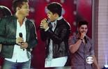 Zé Felipe mostra que herdou talento do pai Leonardo