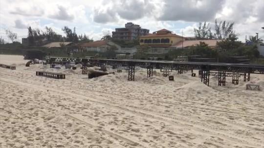 Estrutura para Mundial de Surfe começa a ser montada em Saquarema, no RJ