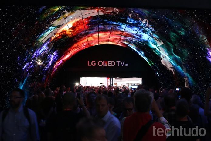 Túnel LG TV OLED (Foto: Fabrício Vitorino/TechTudo)