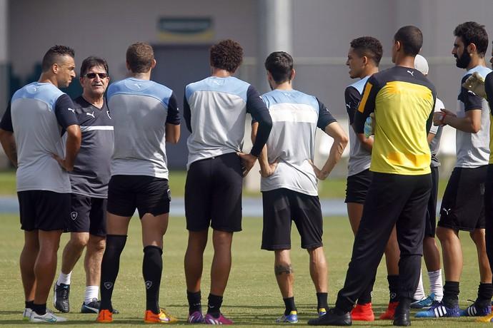René Simões, treino Botafogo, Engenhão (Foto: Vitor Silva / SSPress)