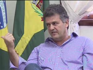 Prefeito de Caçapava causou polêmica com entrevista a rádio (Foto: Reprodução/ TV Vanguarda)