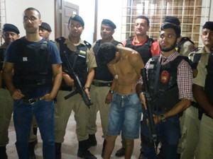 Jovem é considerado um dos suspeitos de ter praticado o crime (Foto: Polícia Civil/Divulgação)