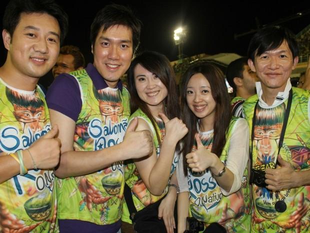 Grupo de tailandeses prestigiou a festa (Foto: Girlene Medeiros/ G1 AM)