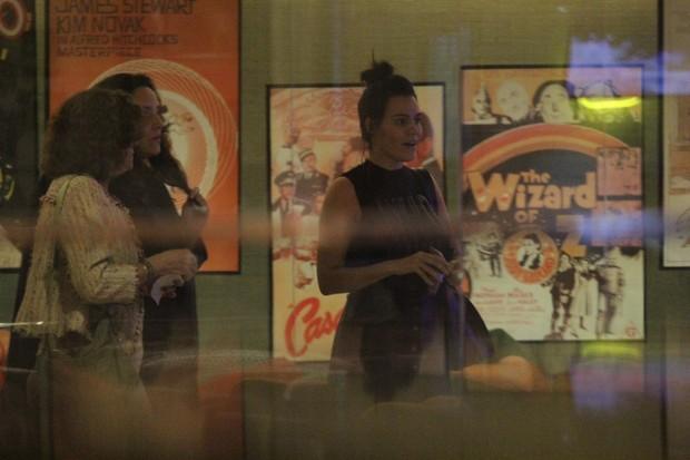 Ana Carolina e Letícia Lima (Foto: AgNews)