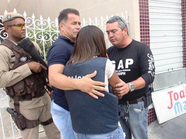Grávida é libertada de sequestradores em Riachão de Jacuípe (Foto: Raimundo Mascarenhas/ site Calila Noticias)