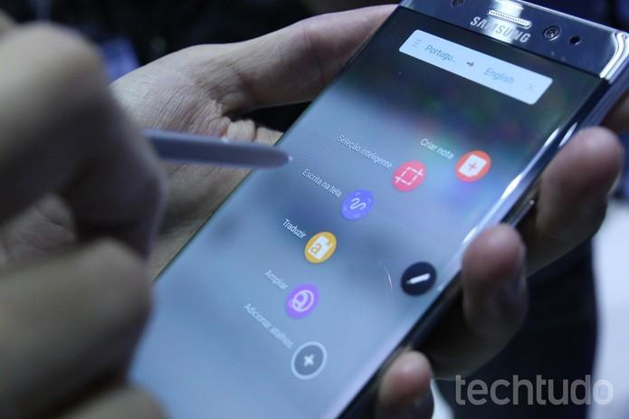 Note 7 tem leitor de íris e S-Pen como diferenciais decisivos em relação ao S7 Edge (Foto: Ana Marques/TechTudo)