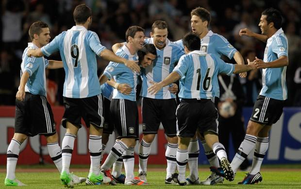 Jogadores Argentina gol (Foto: Reuters)