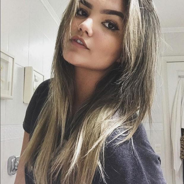 Suzanna Freitas, filha de Kelly Key, posa para selfie (Foto: Instagram/ Reprodução)