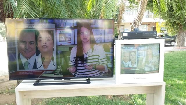 Caravana percorreu a cidade mostrando os detalhes do sinal HD para povo valadarense (Foto: Ana Carolina Magalhães/Inter TV dos Vales)