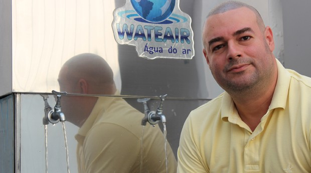 Engenheiro paulista cria máquina que produz água