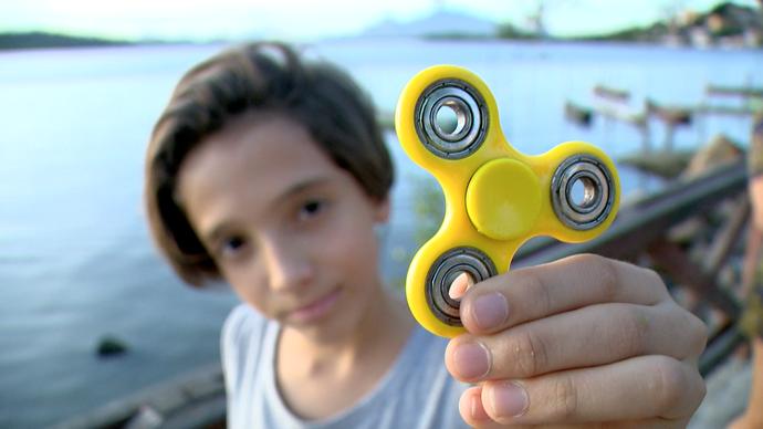 Spinner, brinquedo que alivia estresse, é tendência mundial (Foto: Divulgação/ TV Gazeta ES)