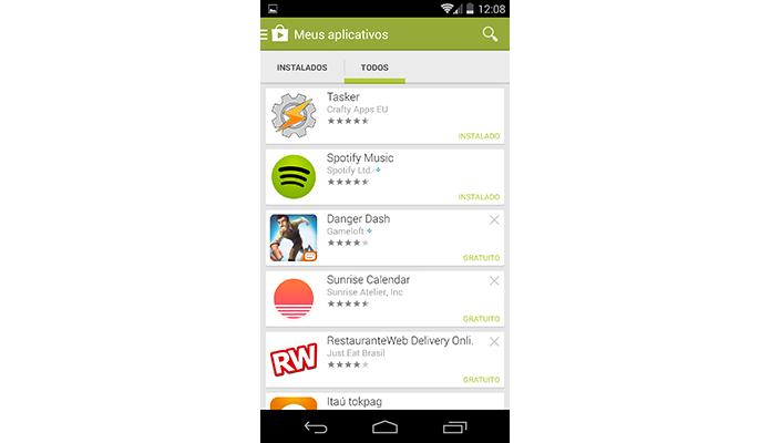 Lista mostra apps instalados no aparelho e baixados previamente (Foto: Reprodução/Paulo Alves)