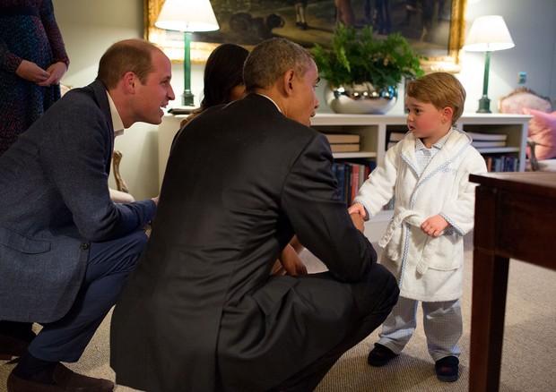 Obama e William com George (Foto: Reprodução)