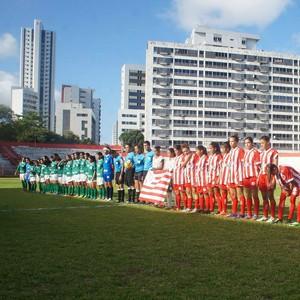 Náutico e Iranduba futebol feminino (Foto: Divulgação/Náutico)