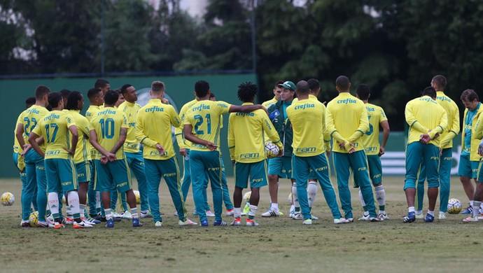 Cuca Elenco Palmeiras (Foto: Cesar Greco/Ag. Palmeiras/Divulgação)