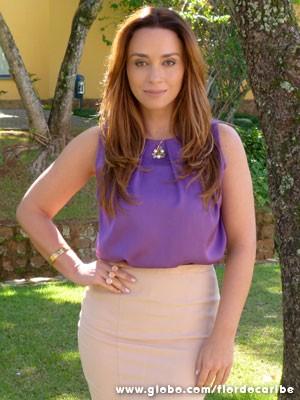 Suzana Pires dá dicas para cuidados com cabelo (Foto: Flor do Caribe/TV Globo)