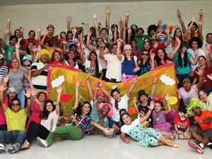 Naza Feliz leva atendimentos médicos, sociais, jurídicos e espirituais às famílias (Foto: Igreja do Nazareno/Divulgação)