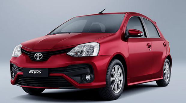 O Toyota Etios é um dos modelos que foi chamado para recall (Foto: Divulgação)