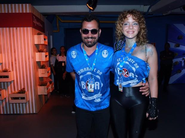 Leandra Leal com o marido  (Foto: Marcello Sá Barretto / AgNews)