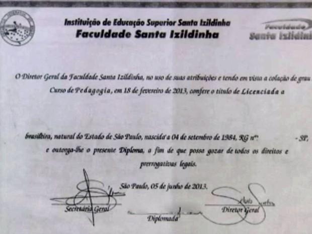 Polícia investiga falsificação de diplomas (Foto: TV Globo/Reprodução)